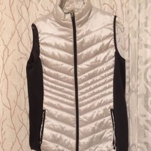 Xersion gray green puffer vest size XL